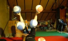 This Girl Can Juggles Like No One You've Ever Seen Before! She is Mind Blowing!