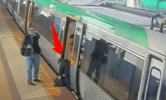 A Man Trapped His Leg Between The Platform And A Train… What Happens Next Will Surprise You!
