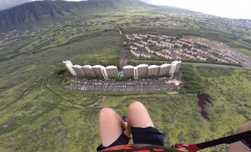 This Is The Most Thrilling Paragliding You've Ever Seen. My Breath Stopped At 0:53!
