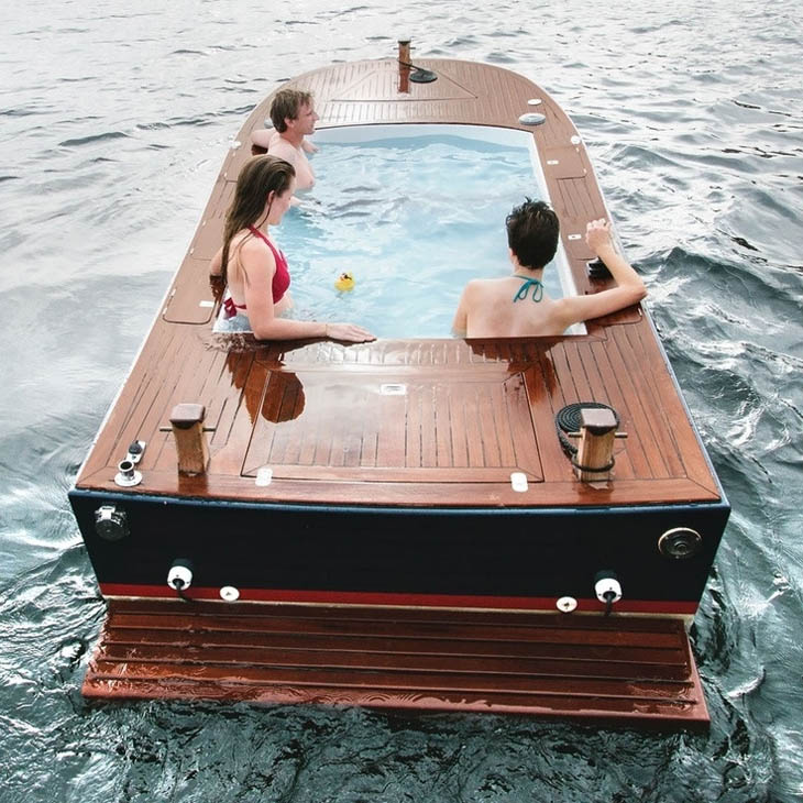 Hot tub party boat in Seattle, Washington.
