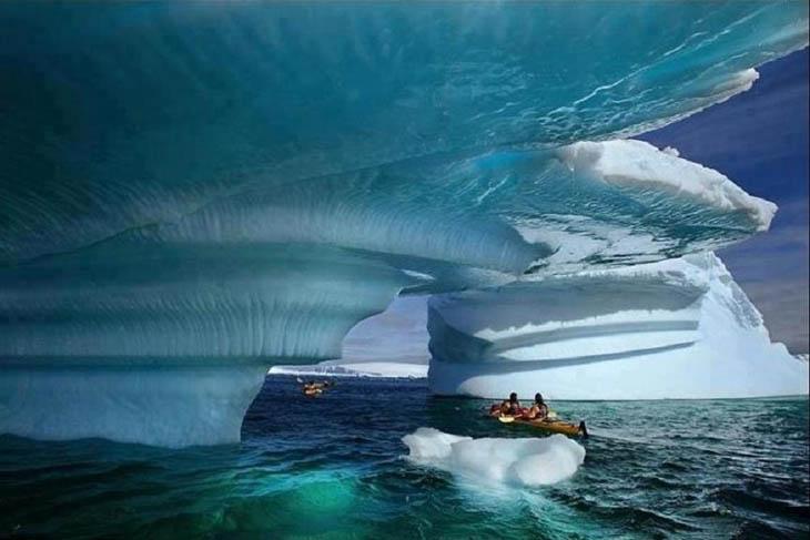 Kayaking at breathtaking sight in Glacier Bay, Alaska.
