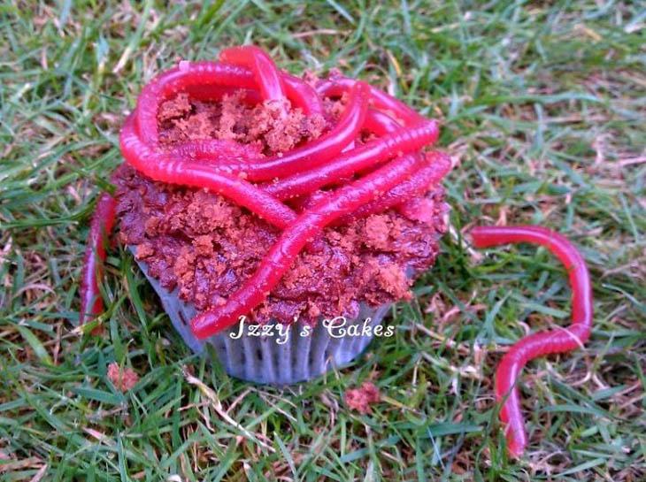 Earthworm Cupcakes