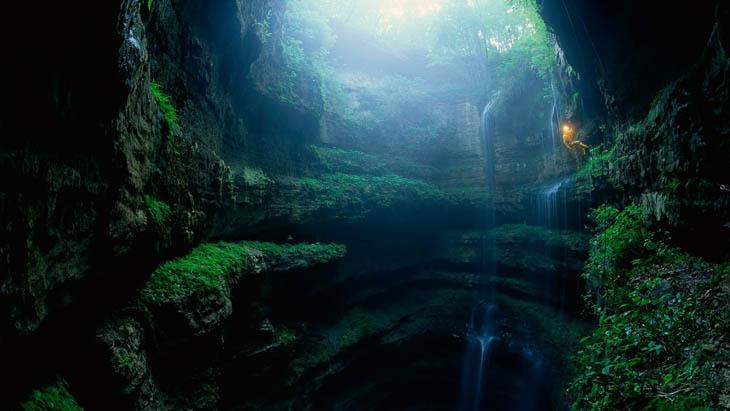 Cave of the Swallows – Aquismon, Mexico