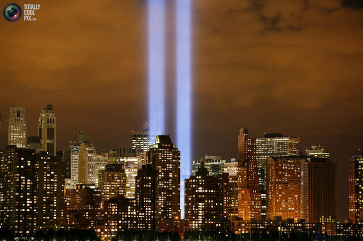 21st century photos - The Tribute in Lights shines on the skyline of lower Manhattan in New York.