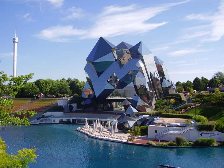 Most weirdest buildings - Le Futuroscope, France