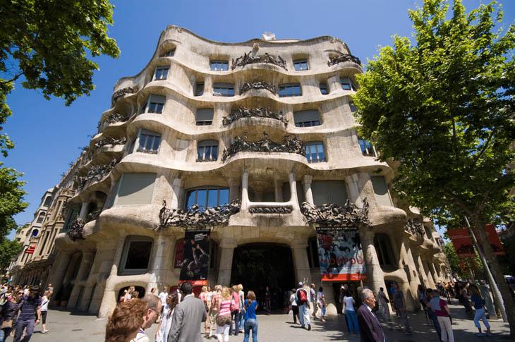 Casa Milà / La Pedrera, Barcelona, Catalonia, Spain