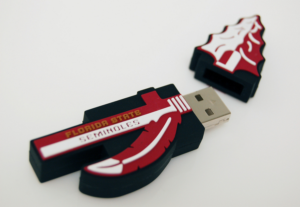 Top 45 Funny And Cool USB Sticks For Technology Geeks! YO15