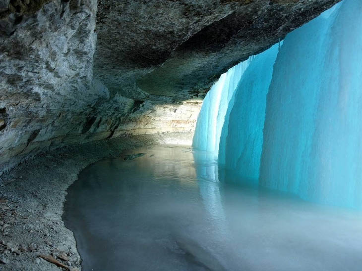 Behind Minnehaha Falls, Minneapolis, US