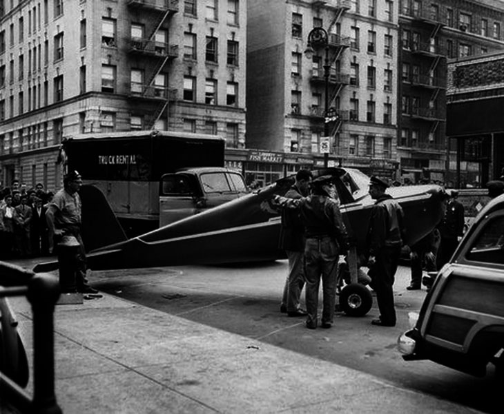 Weird urban myths - Someone safely landed a plane in the middle of Manhattan. Twice.