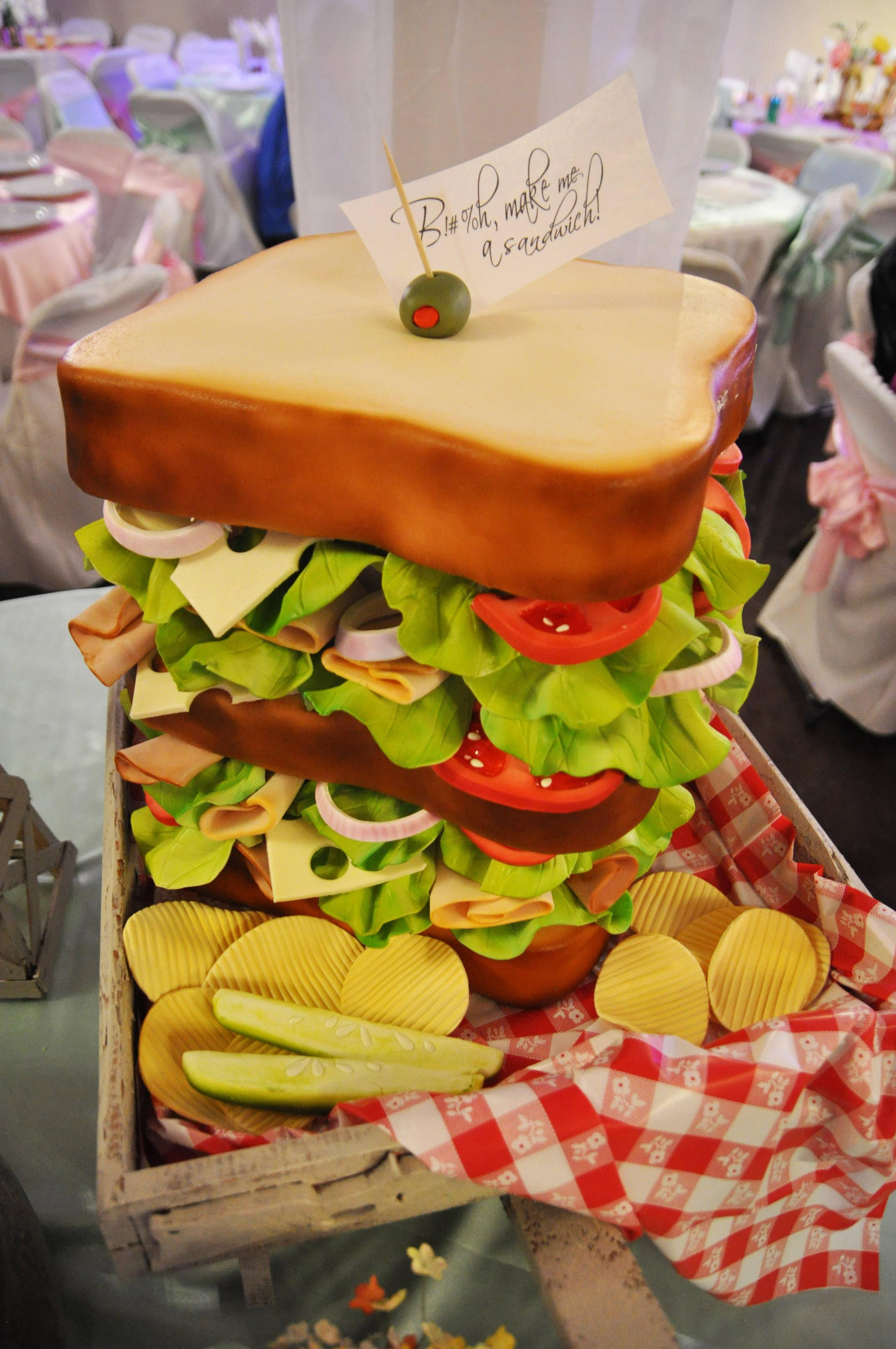 26 Of The Most Creative Cakes That Are To Adorable To Eat