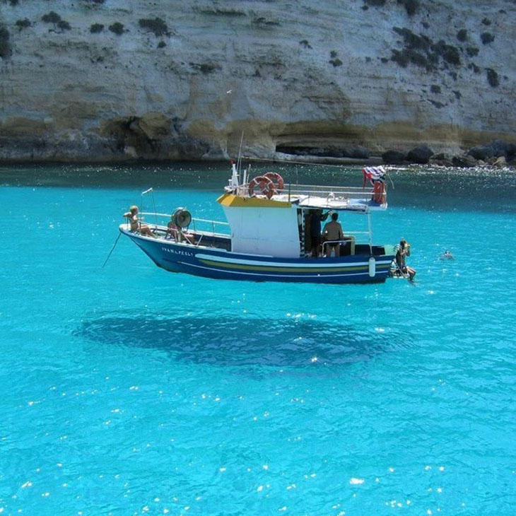 An optical illusion created by extremely clear water.