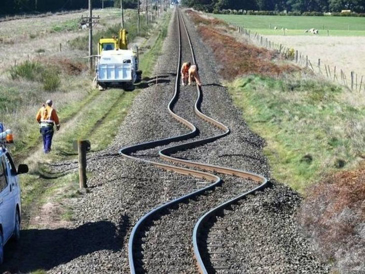 This is what happened to train tracks after an earthquake