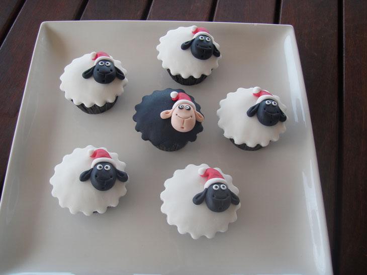 Christmas Sheep Cupcakes