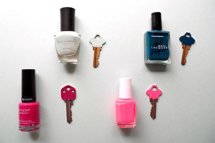 Paint each key a different color.