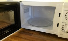 Clean The Microwave With Toxic-Free Resources Or Products