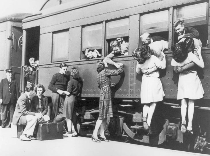 Wartime photos:Saying Goodbye At The Train Station Before Departing To WWII
