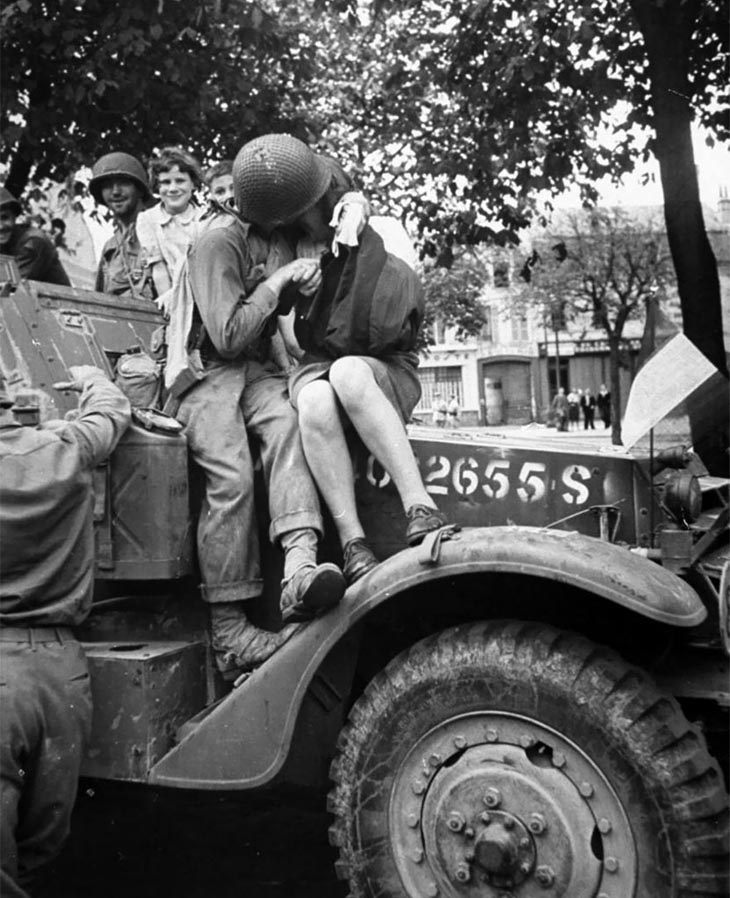 An American Soldier And A Frenchwoman Kissing In A Picture That Raised Eyebrows