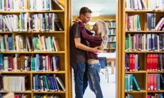 Tips to Enjoy a Strong College Relationship