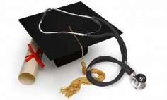 5 Reasons to Pursue a Master's Degree in Nursing