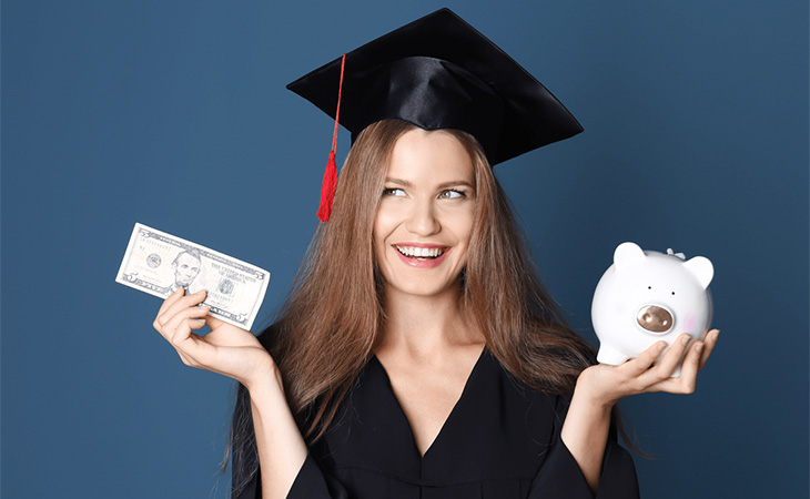 Finance Yourself While Still in College