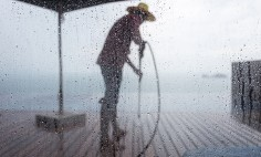 Is It OK to Use a Pressure Washer on Rainy Day?