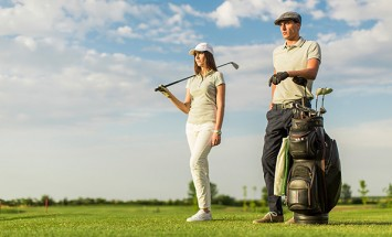If You Love To Golf Then You Have To Make Sure You Dress Like This